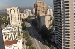 Nice view of Wilshire Boulevard